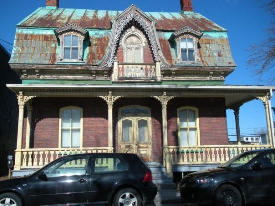 A Perfect Haunted House In St Hyacinthe Picture Of