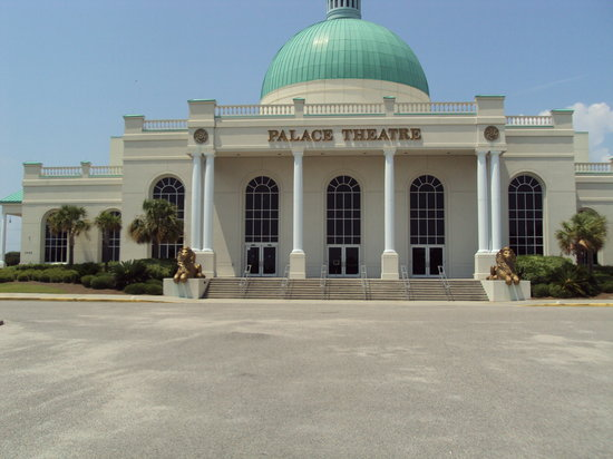 Myrtle Beach, SC: Palace Theater from Outside