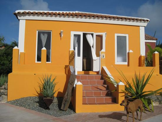 Cunucu Arubiano: Yellow Casita
