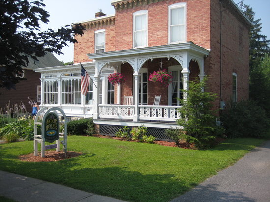 Arbor House Inn