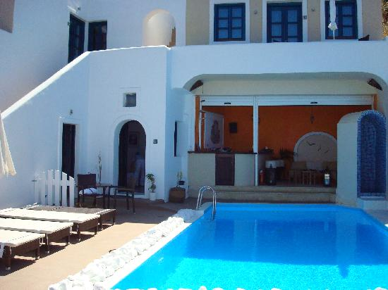 Afroessa Hotel: Frontside