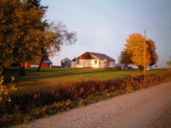 Mason City, : parents farm house (Iowa)