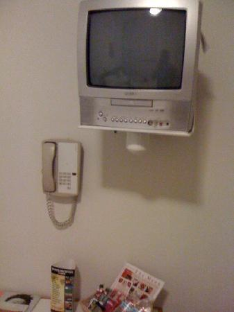 Hotel Occidental : Behold, the TV, with a phone for scale...