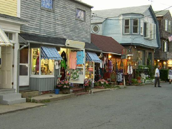 It just proves less is more bearskin neck motor for Bearskin neck motor lodge rockport ma