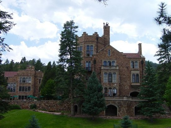 glen eyrie colorado springs