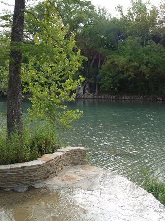 New Braunfels, Teksas: Guadalupe River - very low