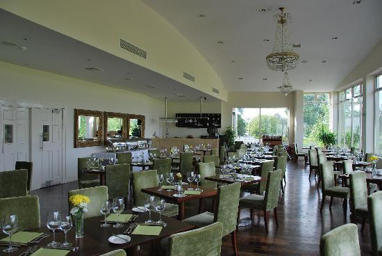 Tulfarris Hotel and Golf Resort: Restaurant