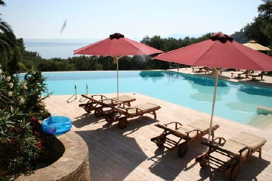 The Swimming Pool Picture Of Armonia Bay Hotel Kokkari