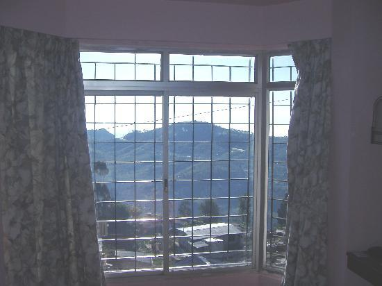 Hotel Valley View Inn: window