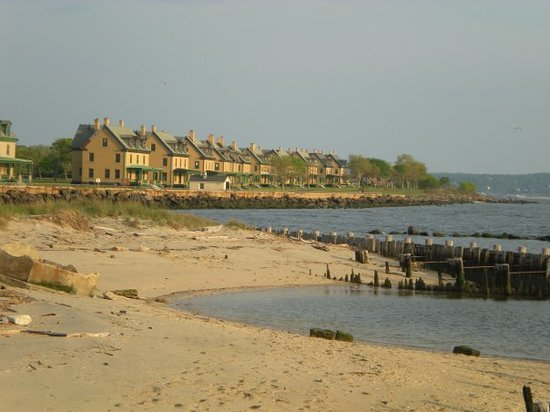 sandy hook houses + beach