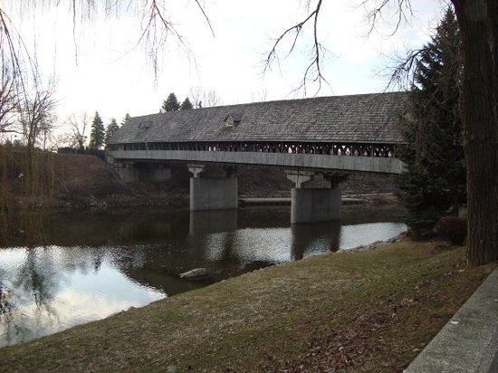 Frankenmuth, MI: bridge :)