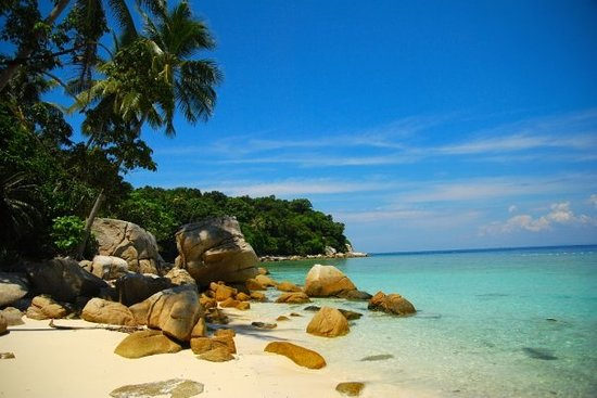 Pulau Lang Tengah bed and breakfasts