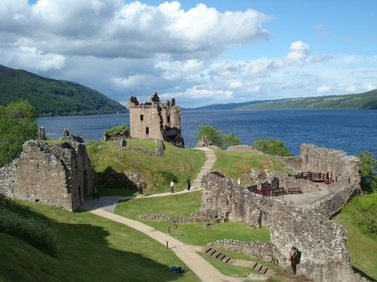 Fort Augustus, UK: Scozia ( Lock Ness -  Castello di Urquhart )