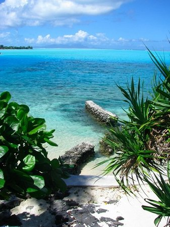 Tahiti, French Polynesia: Great water colors!