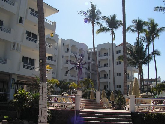 Photo of Real Villas Hotel Rincon de Guayabitos