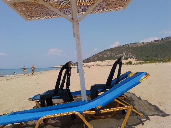 Verde al Mare Hotel: The Beach 10 minutes walk away