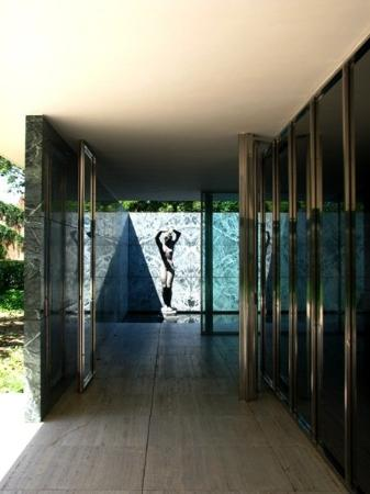 mies van der rohe 39 s pavillion barcelona. Black Bedroom Furniture Sets. Home Design Ideas
