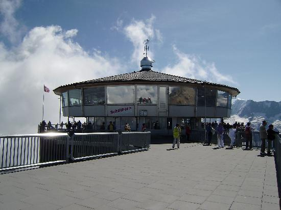 Seehotel Bonigen: Revolving restaurant at the Schilthorn