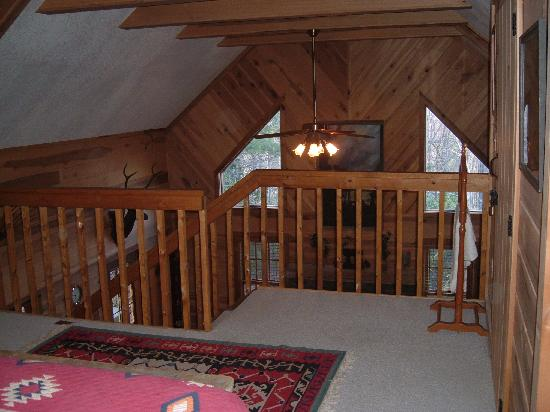 Racoon Loft Picture Of Cabins At Seven Foxes Lake