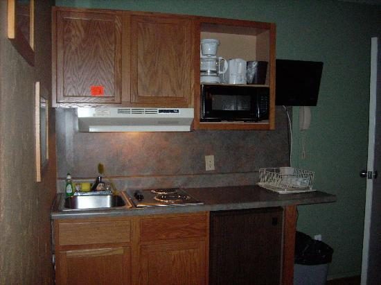 Marlane Motel: Our Kitchenette