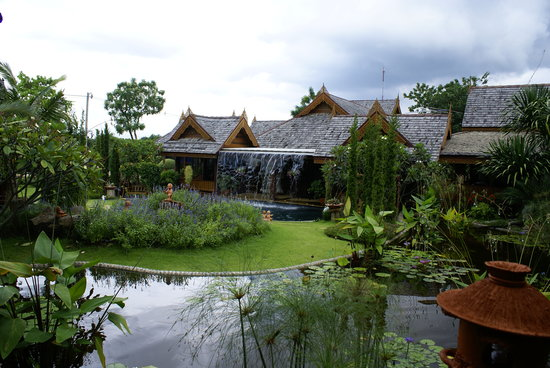 Pak Chong, Thailand: RuenMaiNgam Resort in Pakchong very beatiful and quit,The old style Thai resort
