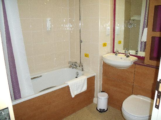 Best hotel ive stopped in in years premier inn carrickfergus pictures tripadvisor Premiere bathroom design reviews
