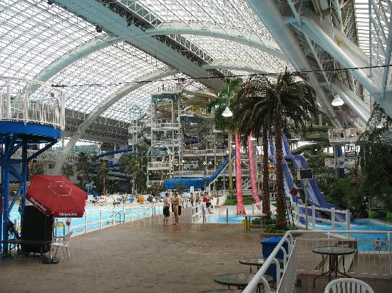 Hotels Close To West Edmonton Mall With Water Slide