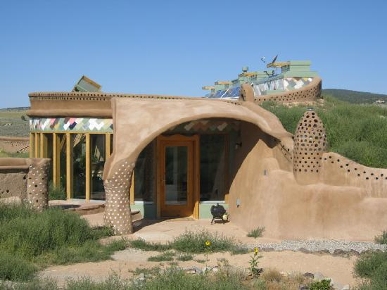 Earthship Biotecture: Corner Cottage - Entrance2