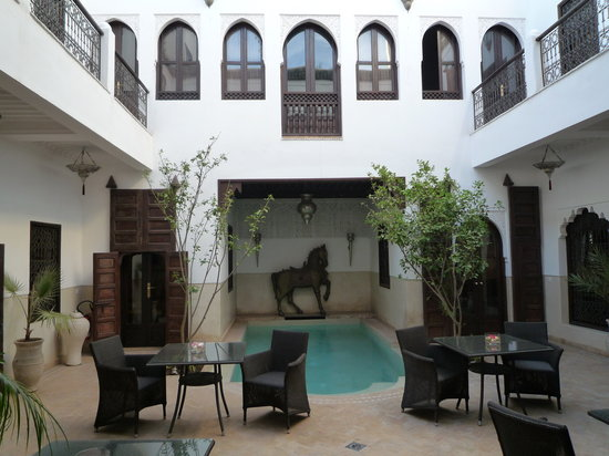 Riad Assakina: Courtyard