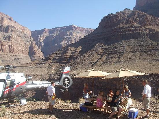 Maverick Grand Canyon And Las Vegas Helicopter Tours  Video Of Maverick Heli
