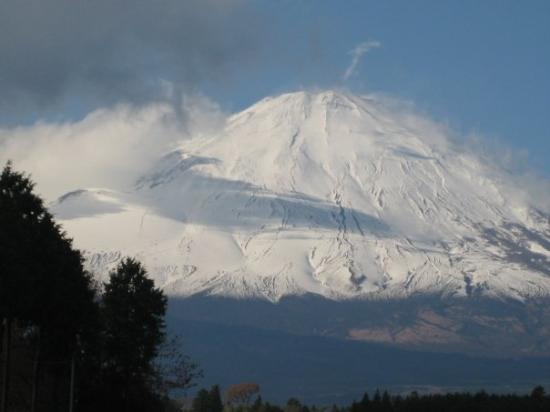 Marine Corps base Camp Fuji was conveniently placed on the side of this famou...