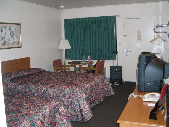 Econo Lodge Richmond Airport