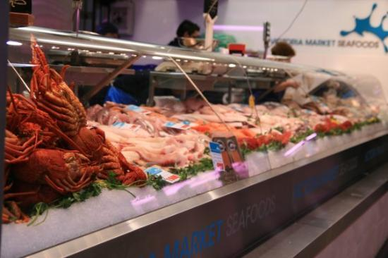 Victoria market seafood fresh picture of queen for Fish market queens