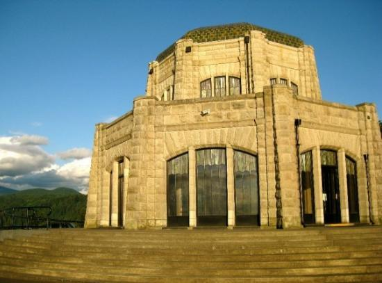 Corbett, OR: View of Vista House on the Columbia Gorge, OR