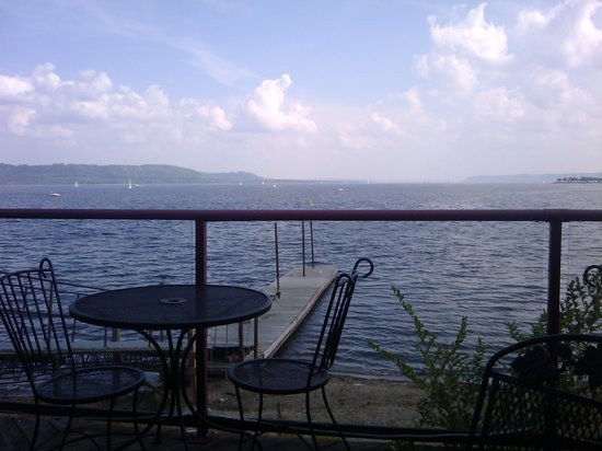 Lake City, MN: The view off the patio at the Skyline Cafe