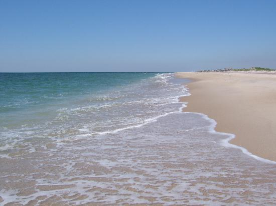 See Long Island beaches at www.discoverlongisland.com