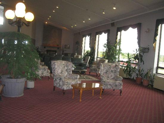 BEST WESTERN Pembroke Inn &amp; Conference Centre: Common room