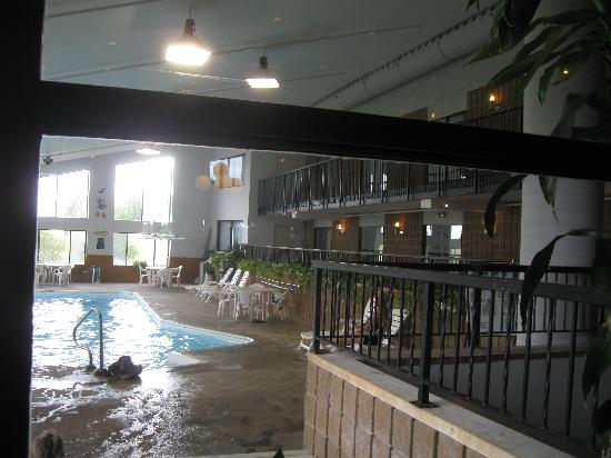 BEST WESTERN Pembroke Inn &amp; Conference Centre: Pool