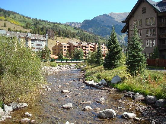 Copper Mountain Resort: creek at Copper Mtn.