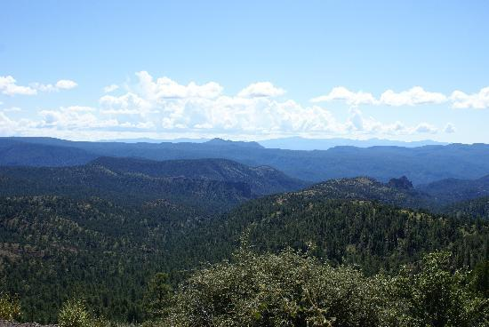 Hannagan Meadow Lodge: View across the mountains into New Mexico