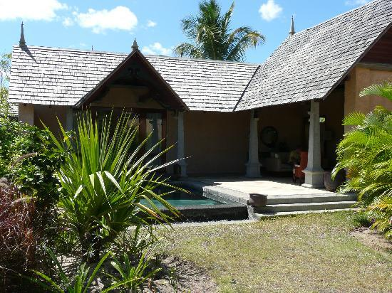 Maradiva Villas Resort and Spa: villa with plunge pool