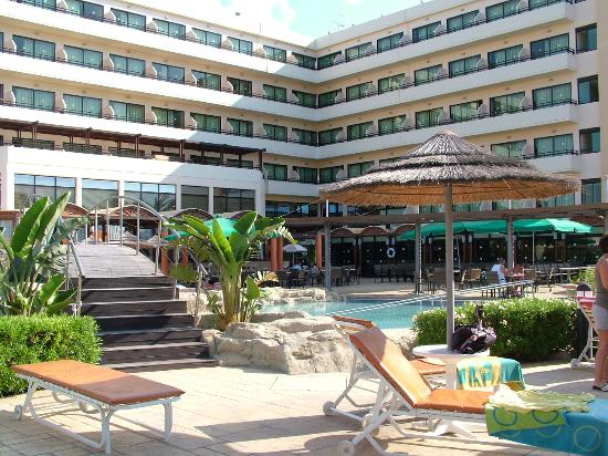 Tasia Maris Beach Hotel