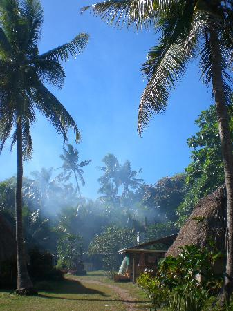 Tribewanted FIJI: Morning in the tribal village