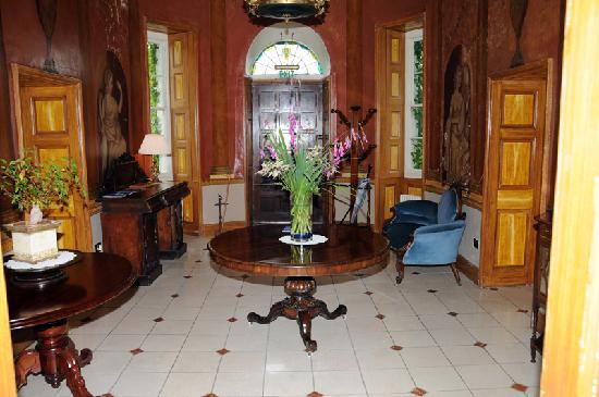 Lisdonagh Manor House: Entrance Hall 2