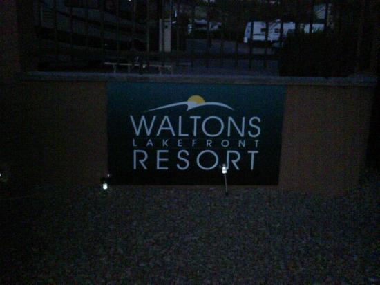 Waltons Lakefront RV Resort: Waltons Lakefront Resort