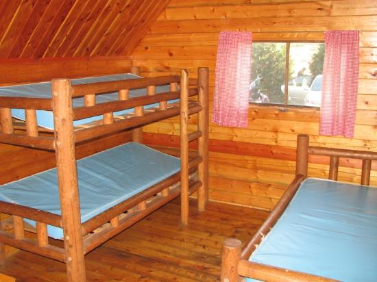 Port Angeles KOA: One bedroom cabin