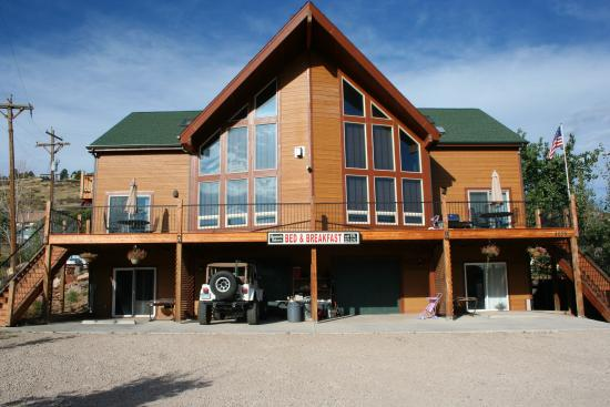 Photo of Horsetooth Hideaway Bed & Breakfast/Hotel Fort Collins