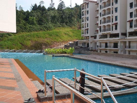 Bukit Gambang Resort City: Swimming pool
