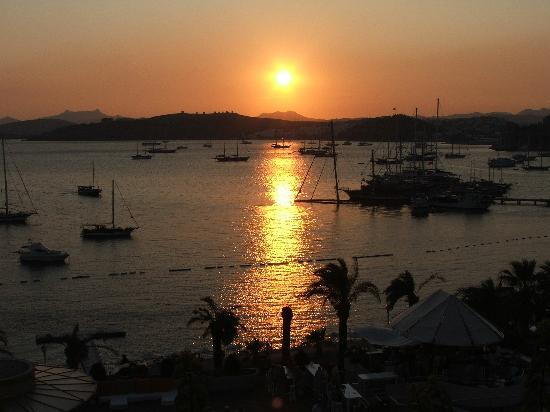 Diamond of Bodrum: Sunset from our sea view balcolny