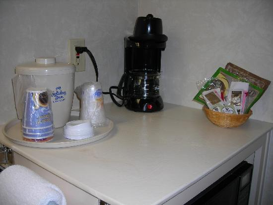 Quality Inn & Suites: Coffee & Beverage close up